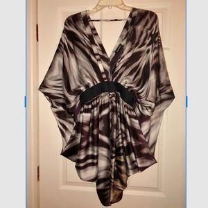 BEBE V-NECK DRESS W/BELT DRESS SMALL